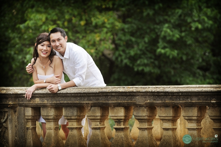 Engagement photoshoot at St Johns College Cambridge