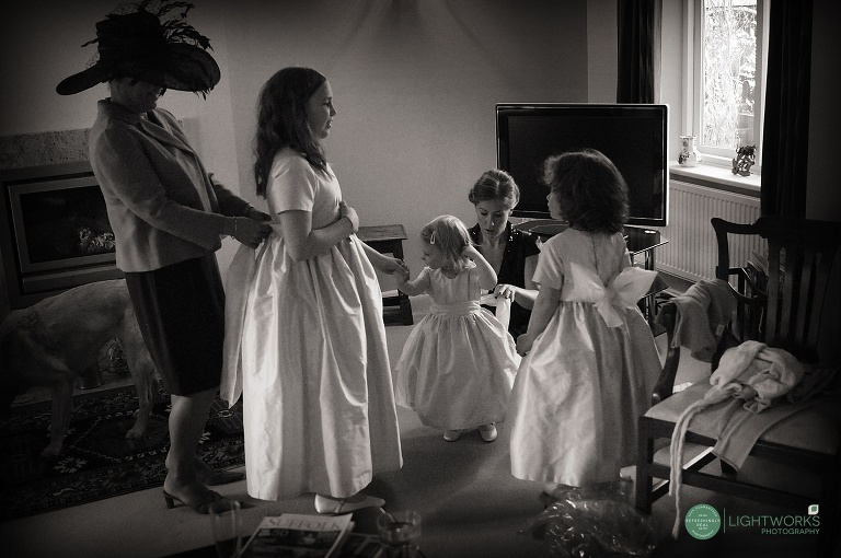 Wedding in Harlton cambridge - bridesmaids getting ready