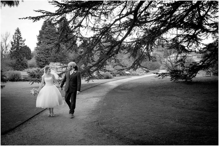 Cambridge botanic gardens wedding photography